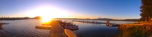 Sun setting over Crane Prairie Lake